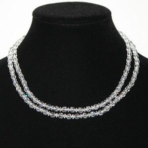 Beautiful crystal necklace Vintage 32 inches